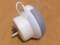 Google Home Mini direct stand for US/Canada socket